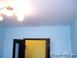 Потолки Cerutti - установка в гостиной